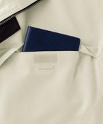 胸ポケット<br>大きめの手帳も入る<br>ワイドサイズ