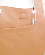 胸あてポケットの上にはペンサシも付いています。<br/>(libl9309)