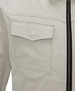 右胸フラップ付きポケット
